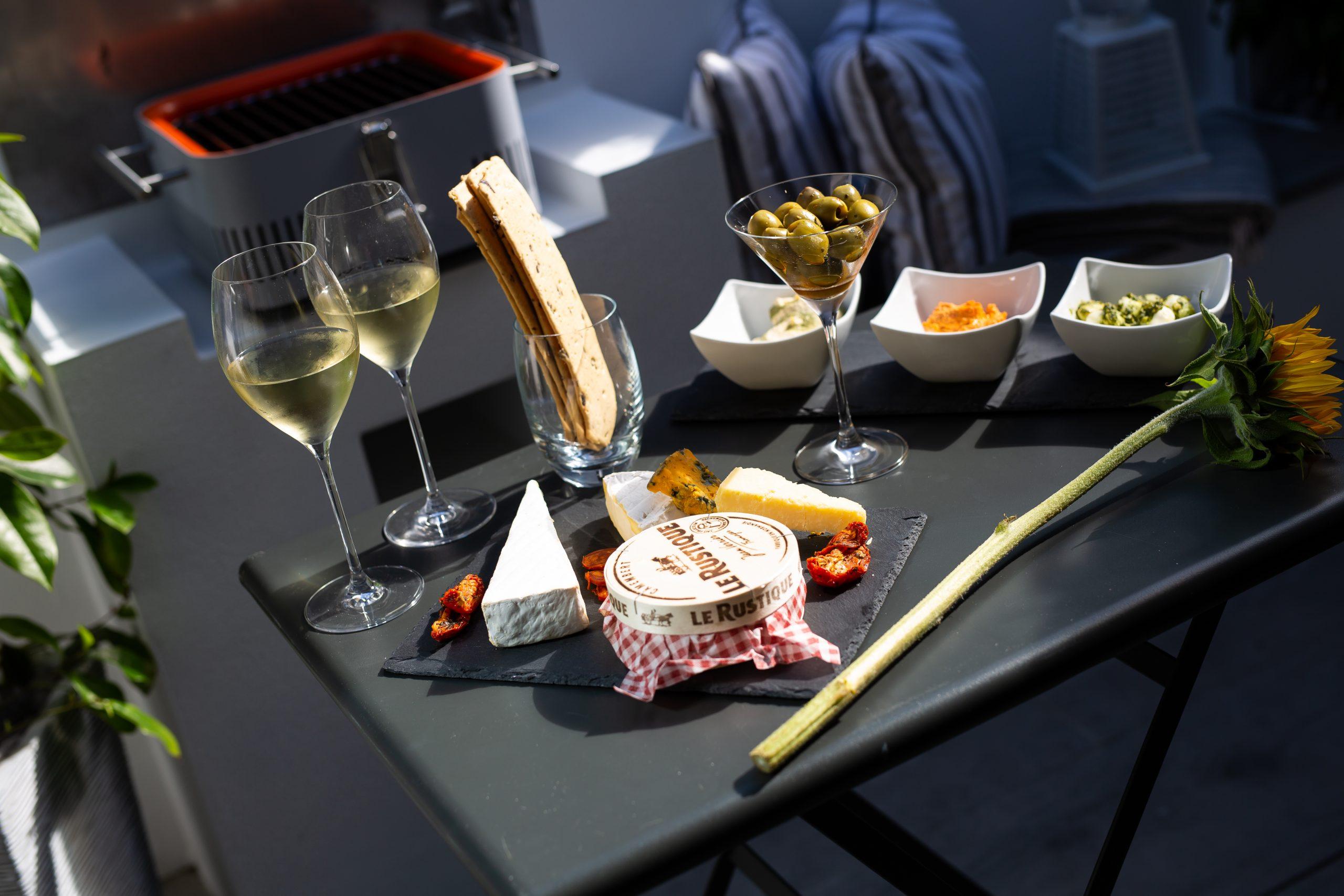 Enjoy Food Al Fresco at One Atlantic Watch